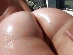 Big round ass Sierra Miller first time anal sex