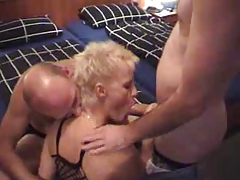 Amateur Granny Enjoys A Threesome !