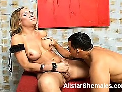 Bianca's a smoking hot tranny that loves the chance of