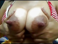 Huge nippled girl Lctating on webcam (MrNo)