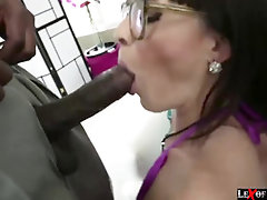 Ebony Lexington Steele likes tearing up Dana DeArmond taut poon and arse