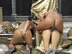maria bellucci & regina sipos threesome anal [classic]