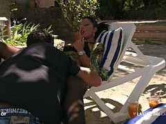 big ass wench has steamy anal sex outdoors