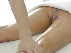 Beauty gives oral joy and pussy plowing as payment