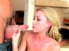Playgirl performs truly great blow and receives pussy fucked