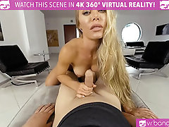 VRBangers Nicole Aniston's Private Trainer Gets Penetrated Rigid and Deep Bj'ed in the Gym