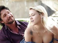 Teen girl seduces stepdad who fucks her really fucking hard