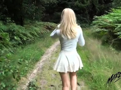 Attractive blonde gets fed a mouthful of cum in the outdoors