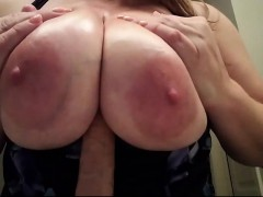 Camilla big boobs pussy play masturbation