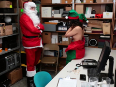 Harmony Wonder and Voneva Elle please Santa Officers cock