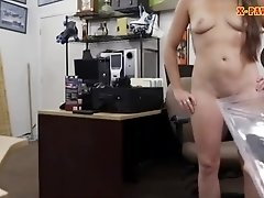 Ex dominatrix pawns her pussy and rammed at the pawnshop