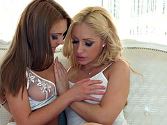 Natural beauty melanie gold and dominica fox fro