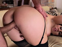 strict milf mya lorenn opens her legs for an assertive guy