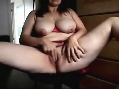 Her vagina cum is made by mature before camera